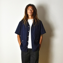 スタンダード カリフォルニア グァジャベーラシャツ
