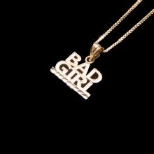 バッドガール 10K イエロー ゴールド ペンダント ヘッド & ネックレス